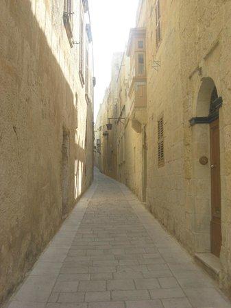 Mdina Old City: Mdina - silent street
