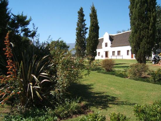 De Wagenhuis Guest House : De Wagenhuis gardens