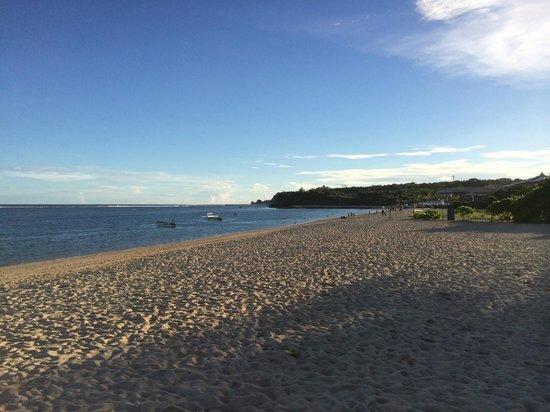 The St. Regis Bali Resort: Private beach