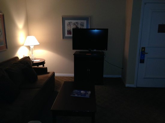 HYATT house Cypress/Anaheim: TV