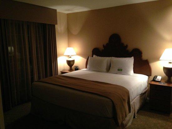 HYATT house Cypress/Anaheim: Bed