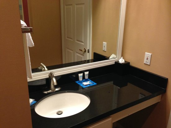 HYATT house Cypress/Anaheim: Sink