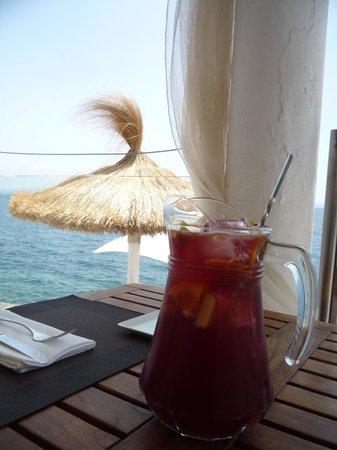 Europe Playa Marina : Ресторан на берегу моря по дороге на пляж