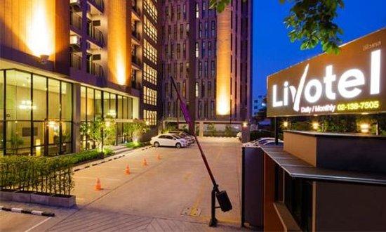 Livotel Bangkok: Entrance