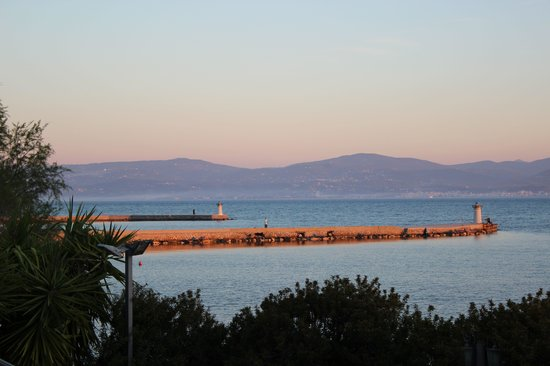 Negroponte Resort Eretria : View from dining balcony