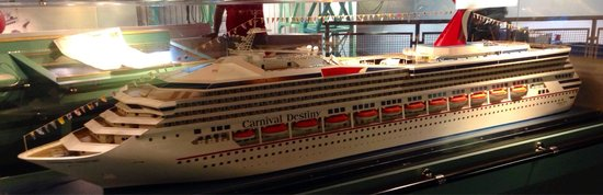 Miami Children's Museum: Replica Cruise Ship on top level of Museum