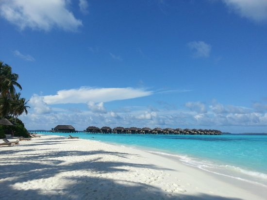 The Sun Siyam Iru Fushi Maldives: Eastern side of water villa