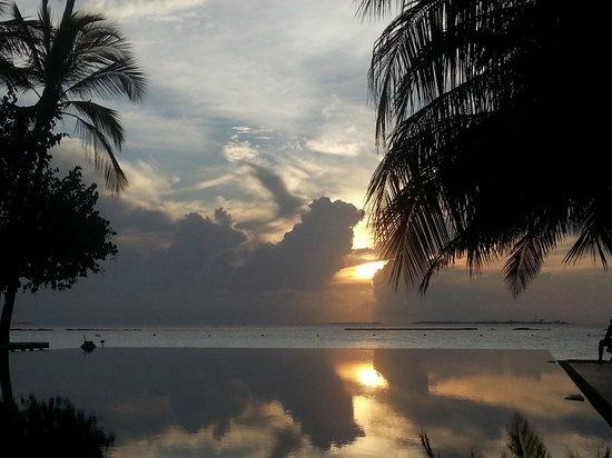 The Sun Siyam Iru Fushi Maldives: Happy hour @ Reflections