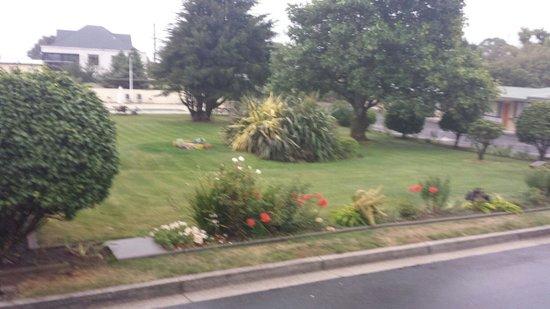Beachway : Gardens