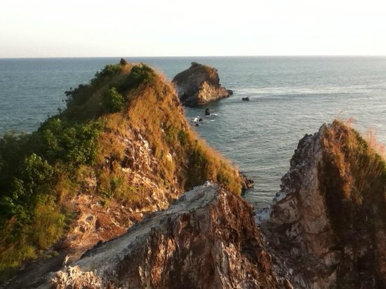 Mu Koh Lanta National Park: View to the west of the lighthouse