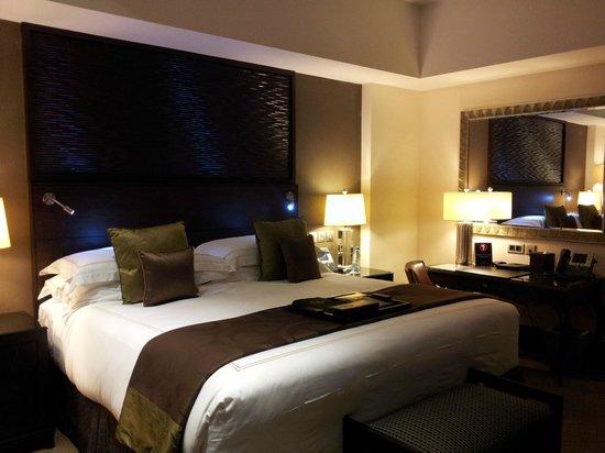Makkah Clock Royal Tower, A Fairmont Hotel: bedroom