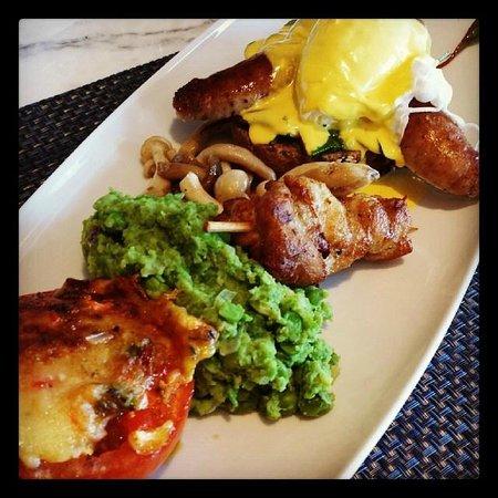 Raffles Dubai: Chef Samson Special Breakfast at Azur
