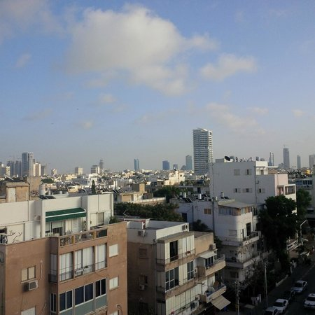 Ben Yehuda Apartments: The view from the terrace