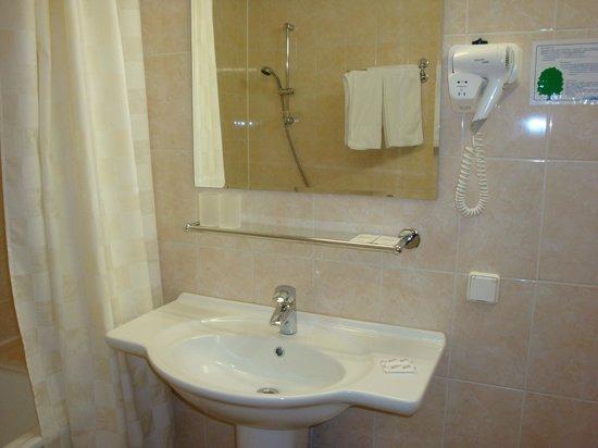 Moscow Hotel : Ванная комната