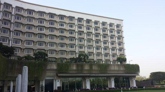 Taj Diplomatic Enclave, New Delhi: Hotel Grounds