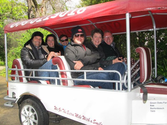Rusthuiz Guest House: Fun with CJ and his Tuc Tuc in the Winelands