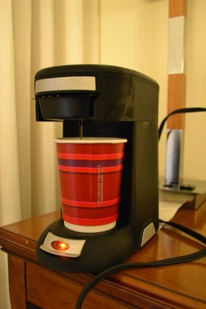 Tampa Airport Marriott: coffee machine