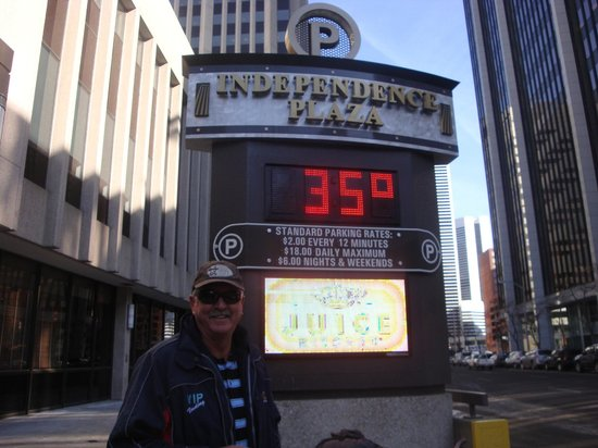 16th Street Mall: Pretty Warm for January