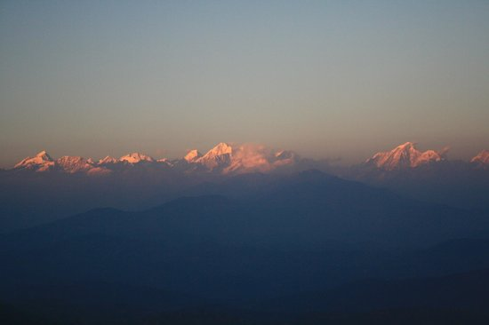 Himalayan Sunrise Guest House : sunrise over the himalayas