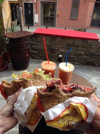 Lunch Box: YUUUMMM!!