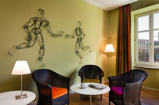 Design hotel stadt rosenheim 149 1 6 7 updated for Design hotels bayern