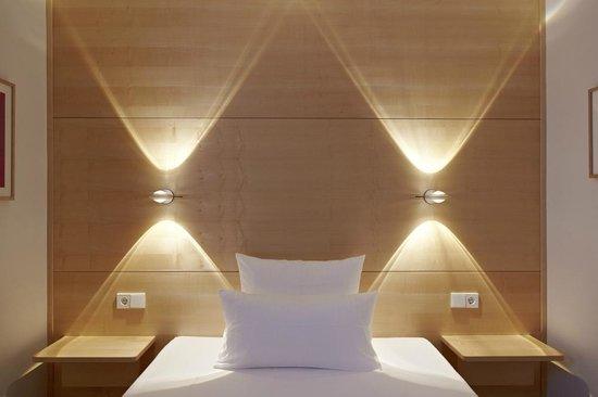 Design hotel stadt rosenheim 127 1 6 5 updated for Design hotel rosenheim munich