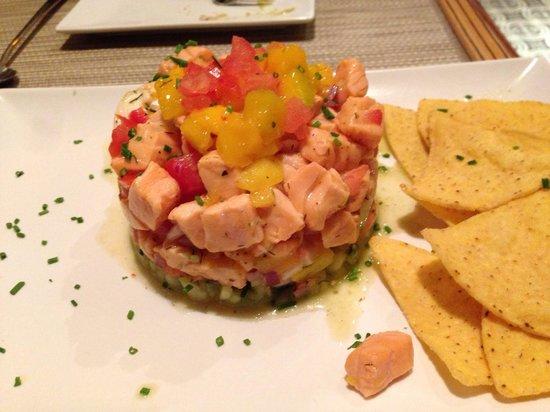 Oyamel : Grandioso tartar de salmón y vieiras