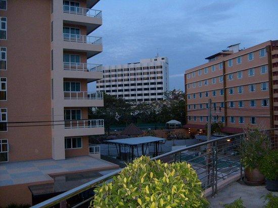 Nova Platinum Hotel Pattaya: Корпуса