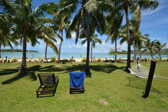 Musket Cove Island Resort : View from our beach front bungalow