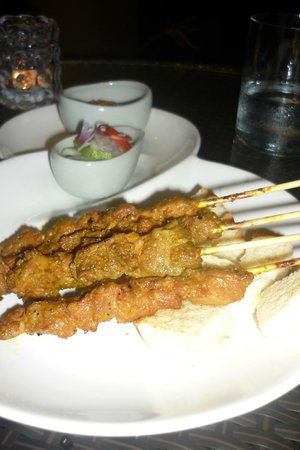 Pullman Phuket Panwa Beach Resort : Des brochettes au restaurant Azur
