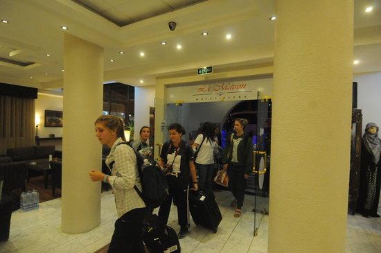 La Maison Hotel Petra: Hotel Lobby