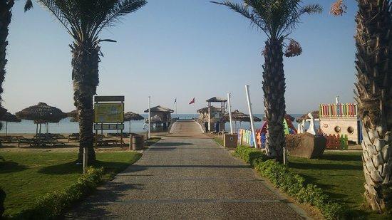 Maxx Royal Belek Golf Resort: на пляж