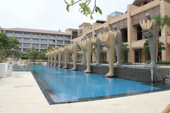 The Mulia: 2nd swim pool