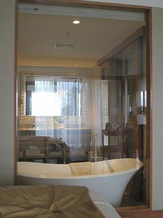 The Mulia: suite room