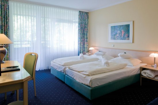 Upstalsboom Parkhotel: Suite Schlafzimmer