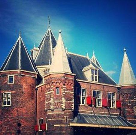 Hola Amsterdam Tours - City tours: de Waag