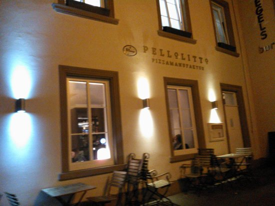 Pellolitto Pizzamanufaktur: the Restaurant