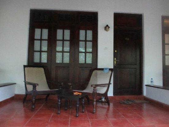 Palm Garden Village Hotel : Room porch