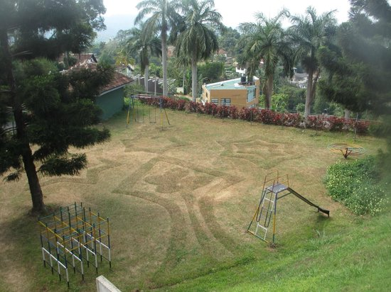 Tourmaline Hotel : Kids playground