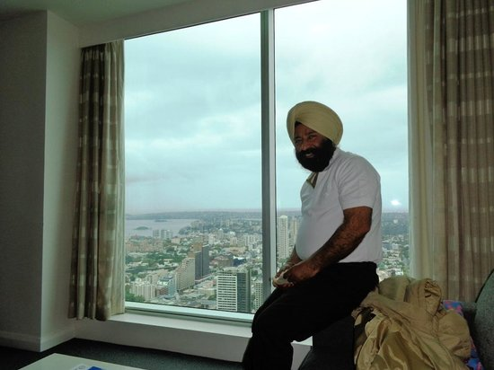 Meriton Serviced Apartments World Tower: Enjoying out side sites