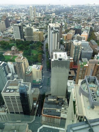 Meriton Serviced Apartments World Tower: Excellent view from 72th Floor