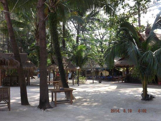 Khaolak Laguna Resort: White Sand Beach - Ao Thong Beach Restaurant
