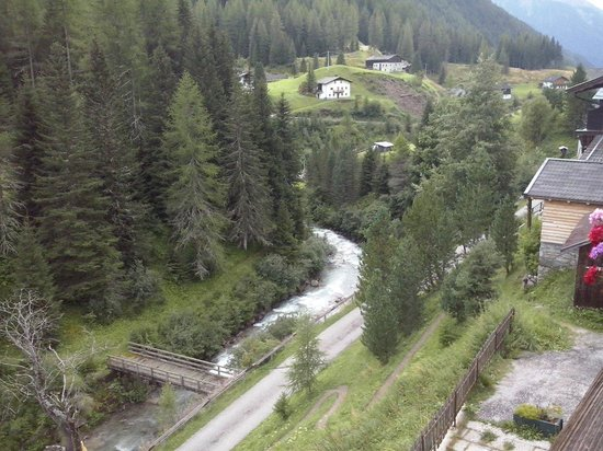 Berggasthof Stern: Vista dalla terazza della camera