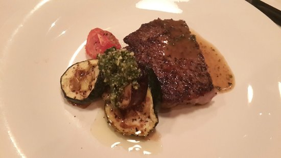 Gianni's Trattoria: Half portion of the grilled beef sirloin