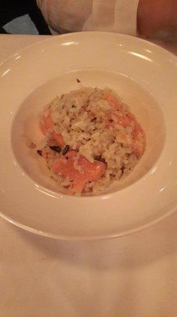 Gianni's Trattoria: Smoked salmon risotto