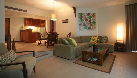 Allamanda Laguna Phuket: Two Bedroom Apartment Living