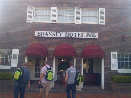 Brassey Hotel: Out side of Hotel