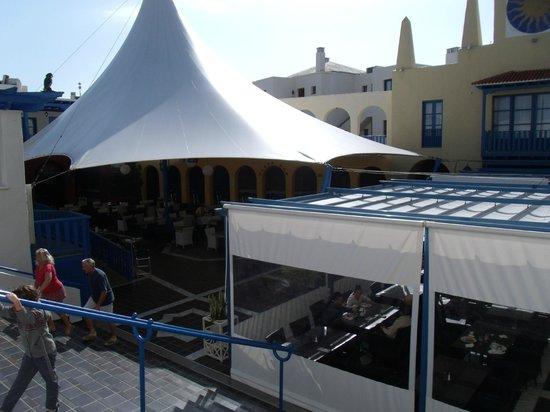 Suite Hotel Atlantis Fuerteventura Resort : plaza