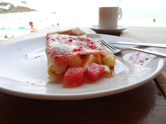 Art Resort Goa: fruit pancake