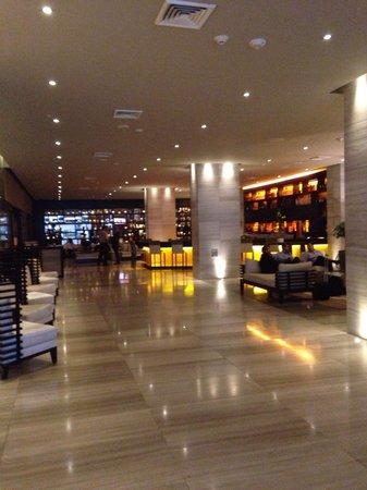 The Westin Panama: Nice lobby...